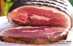 jambon afumat Sausage Recipes, Cooking Recipes, Romanian Food, Romanian Recipes, How To Make Sausage, Smoking Meat, Preserving Food, Prosciutto, Poultry