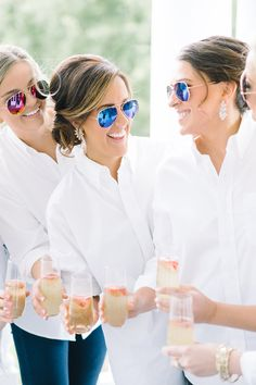 A bride can't get through the day without her bride tribe!!!    Bridesmaids wearing sunglasses.  Wedding Planner | Mac & B Events >> Photographer | Aaron and Jillian Photography