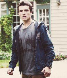 Josh Hutcherson!!!♥ Imagine if he was looking at you like that! Oh gosh!!! I would die