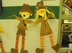Just in time for autumn! This original scarecrow glyph is perfect to display all through the fall season. A fun survey is included along with patte...