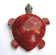 Handmade silver jewellery pendant from Bali