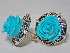cufflinks blue resin flower on antiqued silver color metal #carolslist