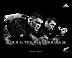 The All Blacks are the national rugby football team. The name relates to their uniform and a misquote from their 1905 tour. Black has become a major theme of their Adidas advertising. This image was placed onto a Air NZ 737 for the 2003 RWC campaign. All Blacks Rugby Team, Nz All Blacks, Rugby Quotes, Bet Football, New Zealand Rugby, World Cup Winners, Rugby World Cup, Rugby Players, Rugby Teams