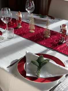 Christmas Table Decorations, Decoration Table, Inspiration, Trends, Home Decor, Nice Asses, Red, Biblical Inspiration, Decoration Home
