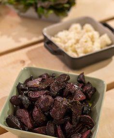Balsamico-punajuuret   Maku Vegetarian Recepies, Vegan Recipes, Vegan Food, Food Food, Finnish Recipes, Just Eat It, Beef Dishes, Rice Dishes, I Foods