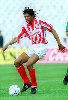 ΟΛΥΜΠΙΑΚΟΣ - Pesetero.Net Red Database: Daniel Batista Lima (Cape Verde, 1992-1995) Cape Verde, Soccer Players, Lima, Football, Running, Centre, Sports, Goal, History