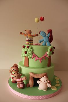 In the night garden cake Tilly makes cake Second Birthday Cakes, Boy Birthday, Celebration Cakes, Birthday Celebration, Garden Cakes, Night Garden, Character Cakes, Baby Cakes, No Bake Treats