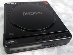 Sold Vintage 1988 SONY DISCMAN D-4 / D-40 Made in Japan w AC Adapter
