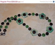 ON SALE Green Flower Necklace by EriniJewel on Etsy, $21.00