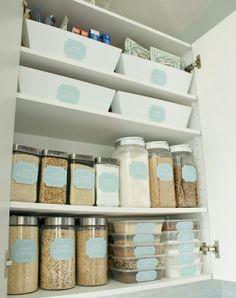 Organized Pantry - Dollar Store Makeover {Organizing} - DollarStoreHouse.com
