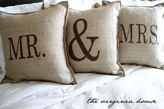 Little Mountain Momma: DIY Burlap Pillows