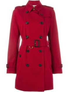 ¡Cómpralo ya!. Burberry - 'kensington' Trench Coat - Women - Cotton - 6. Parade red cotton 'Kensington' trench coat from Burberry featuring a pointed collar, a double breasted front fastening, a belted waist, two front pockets, long sleeves, button cuffs, a rear central vent and a contrasting checked lining. Size: 6. Gender: Female. , trench, trenchlargo, trenca, trencas, trenkas, trenchconcinturón, estilochal, estilochaldeantelina, cascada, funcional, trenka, trenchcoat, trenchcoat…