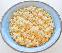About Quinoa.I am seeing so many recipes with quinoa in it. Vegetarian Quinoa Recipes, Quinoa Recipes Easy, Whole Food Recipes, Great Recipes, Favorite Recipes, Easy Recipes, Recipe Ideas, Salad Recipes, Vegetarian Cooking
