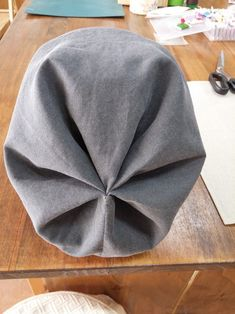 Diy Hat, Pattern Cutting, Dress Sewing Patterns, Fashion Outfits, Womens Fashion, Diy And Crafts, Textiles, Quilts, Panda