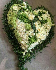Funeral Flower Arrangements, Funeral Flowers, Deco Floral, Floral Design, Casket Sprays, Grave Decorations, Funeral Tributes, Diy Spring Wreath, Funeral Memorial
