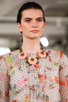 Oscar de la Renta Spring 2014 – Vogue