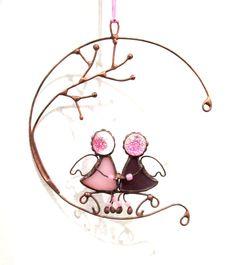 Artículos similares a Colgante de vidrio interior suspensión hecha a mano de Ángeles-arreglo para los amantes de una familia joven tema de decoración regalo recuerdo en Etsy