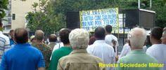 Evento no centro do Rio de Janeiro que exaltou a revolução de 1964 foi apoiado pela população que passava pelo local.