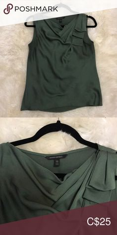 Banana Republic tank top This cowl neck top is in the prettiest sage green. Perfect for under a blazer or by itself. Worn once and true to size. Top Banana, Cowl Neck Top, Plus Fashion, Fashion Tips, Fashion Trends, Banana Republic Tops, Sage, Blazer, Tank Tops