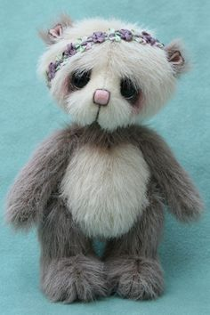 "chun-hua , 4.75"" miniature artist bear by Jane Mogford - Pipkins bears- available now over at www.teddiesworldw..."