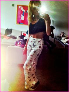Miley Cyrus Shows Off Her New Vintage Pants July 27, 2012