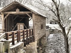 Harrisburg covered bridge located just off state route 35 in Seiver county Tennessee Old Bridges, Destinations, Old Barns, Covered Bridges, Australia, Places To See, Beautiful Places, Scenery, Exterior