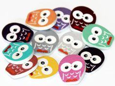 12 Owl Shaped Buttons Painted Wood Buttons 23mm by ButtonLane01