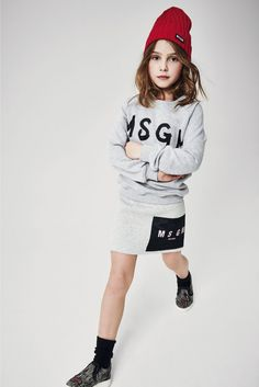 Best Autumn Kids Fashion Collections For Your Beloved Kids Girl Fashion Style, Tween Fashion, Toddler Fashion, Msgm Kids, Winter Kids, Fall Winter, Autumn, Stylish Kids, Kid Styles