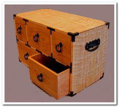 Tansu Box tomchurchstudio.com