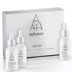 Alpha-H Skin Loving Vitamins Christmas Presents For Her, Best Natural Skin Care, Night Routine, Makeup Shop, Beauty Hacks, Beauty Tips, Beauty Products, Vitamin E, Soap Dispenser