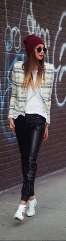 Street Style. I really want some pants like that!