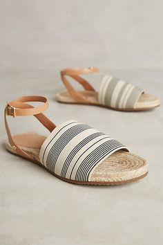 Raphaella Booz Salerno Sandals Neutral Motif 36 Euro Sandals