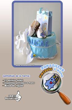 """Tarta de pañales """"niño"""", con zapatillas pintadas a mano.  www.kierokekos.es"""