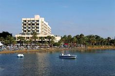 Golden tulip golden bay beach hotel A larnaca  ad Euro 171.00 in #Cipro #Larnaca