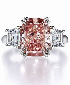 Harry Winston fancy pink diamond ring