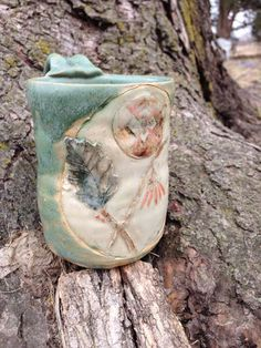 Week of March 17 - 24, 2014 giveaway: A beautiful one of a kind ceramic Witch Hazel mug from Mulberry Mudd. Sign up for your chance to win at: http://www.herbalrootszine.com #GiveawayMonday #herbalrootszine #mulberrymudd