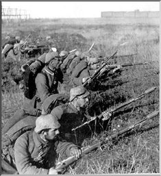 German soldiers in trenches in France. A German unit during the Battle of the Marne. Near the river Marne the German invasion was brought to a stand. 1914.