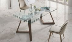 Mesa comedor Extensible con Tapa de Cristal y patas de Madera