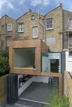 Creative Modern Extension for a London Residence Extension Veranda, House Extension Design, Extension Designs, Glass Extension, Roof Extension, House Design, Extension Ideas, Extension Google, Architecture Extension