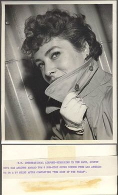 Vintage TWA Airlines Press Photo Actress Rita Gam