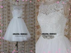 Short lace tulle wedding dress/short sleeve tee-length wedding dress