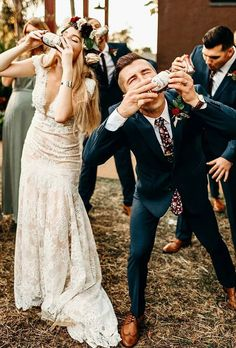 Wedding Party Pictures You Wont Want To Miss ❤︎ Wedding planning ideas & inspiration. Wedding dresses, decor, and lots more. wedding pictures bride and groom 15 Don't Miss Best Wedding Party Pictures Ideas Perfect Wedding, Dream Wedding, Wedding Day, Party Wedding, Wedding Ceremony, Cowgirl Wedding, Elegant Wedding, Wedding Scene, Wedding Country