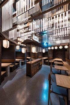 Hikari, Yakitori bar / Masquespacio