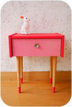 Des nouveaux meubles. Boutique Paillette, vêtements, décoration, papeterie, petit mobilier et autres trésors pour petits et grands.