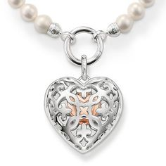 Pearl necklace with sterling silver heart locket from the Glam & Soul collection: feminine, romantic and elegant.