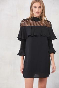 Siyah File Detaylı Elbise