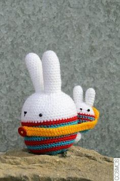 Amigurumi rabbit mom and baby. ^_^  For mother's day?  No pattern, but looks simple.