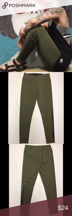 Abercrombie Active Leggings Abercrombie & Fitch Size Medium  Active Leggings with logo graphic detail. High-Rise, worn once. Abercrombie & Fitch Pants Leggings