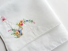 Embroidered Handkerchief with Flowers . Vintage Hankie by Majilly, €4.50