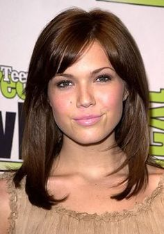 Fabulous Tips: Wedge Hairstyles High Heels french braided hairstyles.Middle Aged Women Hairstyles Articles asymmetrical hairstyles with curls. Hairstyles For Round Faces, Hairstyles With Bangs, Straight Hairstyles, Cool Hairstyles, Bouffant Hairstyles, Updos Hairstyle, Long Haircuts, Brunette Hairstyles, Wedding Hairstyles
